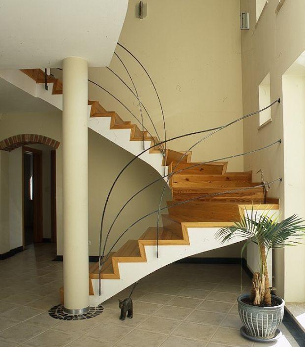 Schody wewnętrzne: rodzaje schodów (zdjęcia)