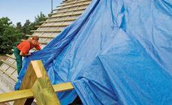Kiedy remont dachu wymaga zgłoszenia, a kiedy pozwolenia na budowę?