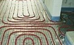 Wodne ogrzewanie podłogowe: jastrych i wykończenie podłogi. Poradnik