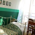 Wystrój sypialni jak z dawnych lat. 4 aranżacje, które nie wyjdą szybko z mody
