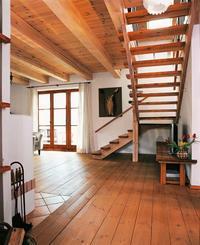 Strop drewniany - otwór na schody