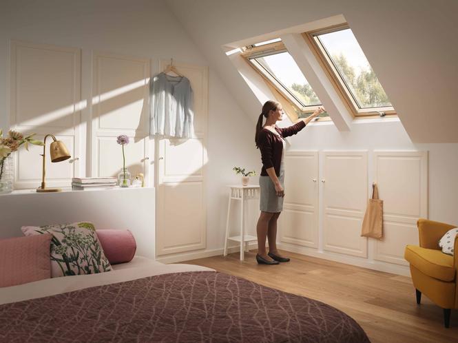 Trzyszybowe okno dachowe VELUX GLL B