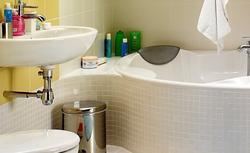 Planowanie przestrzeni małej łazienki. Propozycje projektów